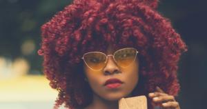 blog tout ce que vous devez savoir sur la coloration une reine en chaussettes beauté naturelle des cheveux crépus
